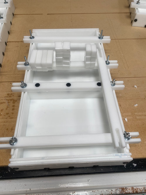 """10"""" X 18"""" Reusable Epoxy/Resin Mold/Form Upgraded with Levelers and Nobs"""