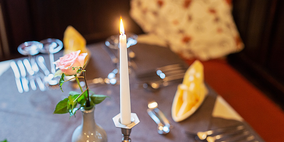 Candle- Light- Dinner