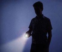 flashlight_in_dark