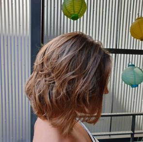 balayage naturel sur cheveux chatain