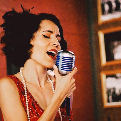 1920s Vintage Jazz Singer Jackie Singer