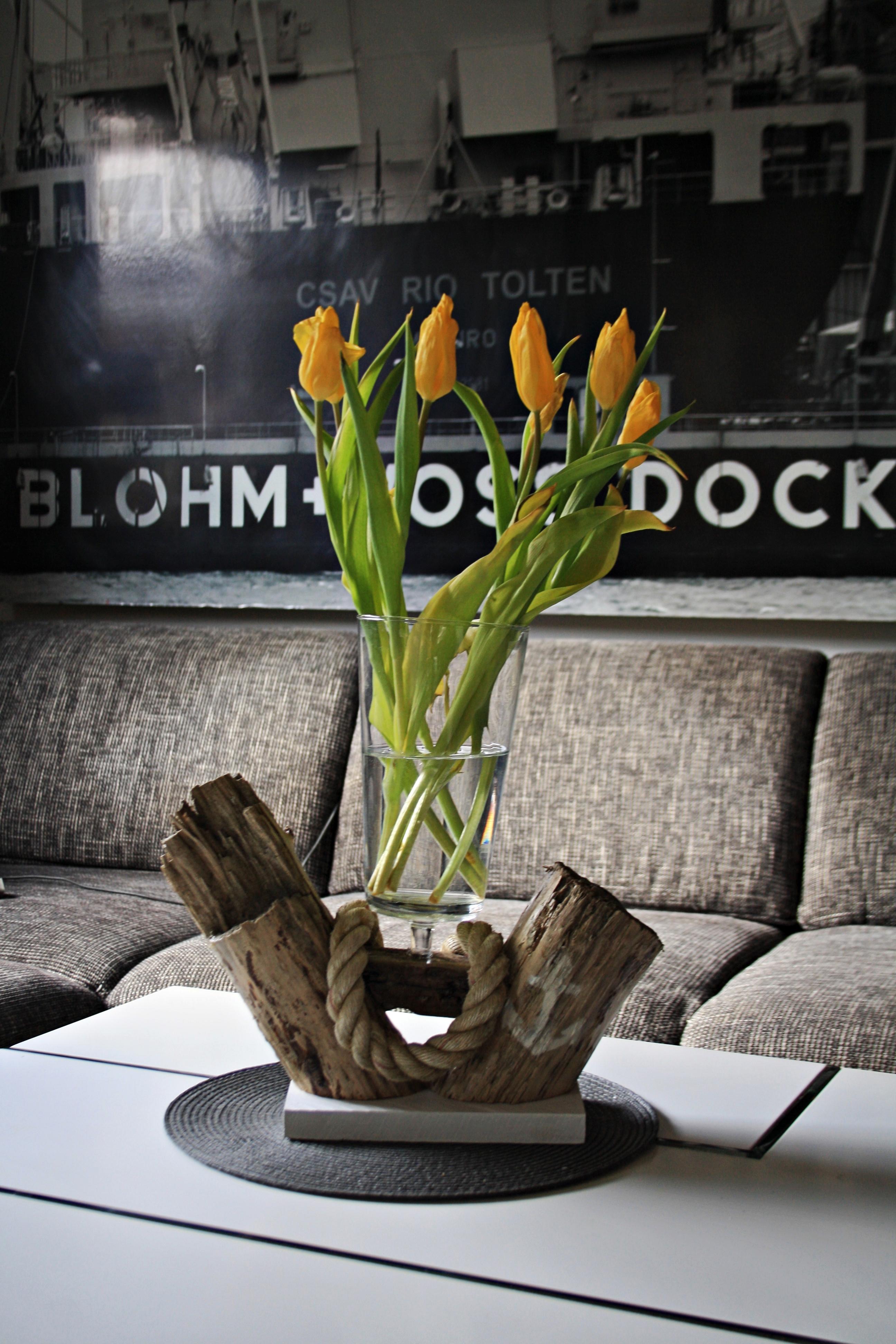 BlumenVase aus Treibholz