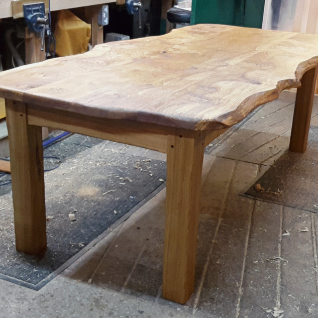 Pippy Oak Dining Table