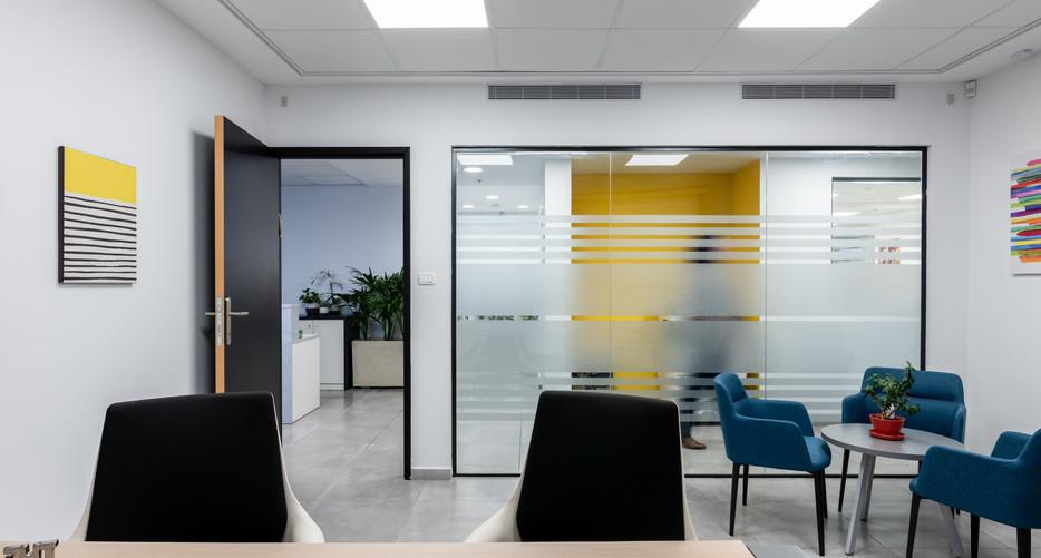 עיצוב משרדים1.JPG
