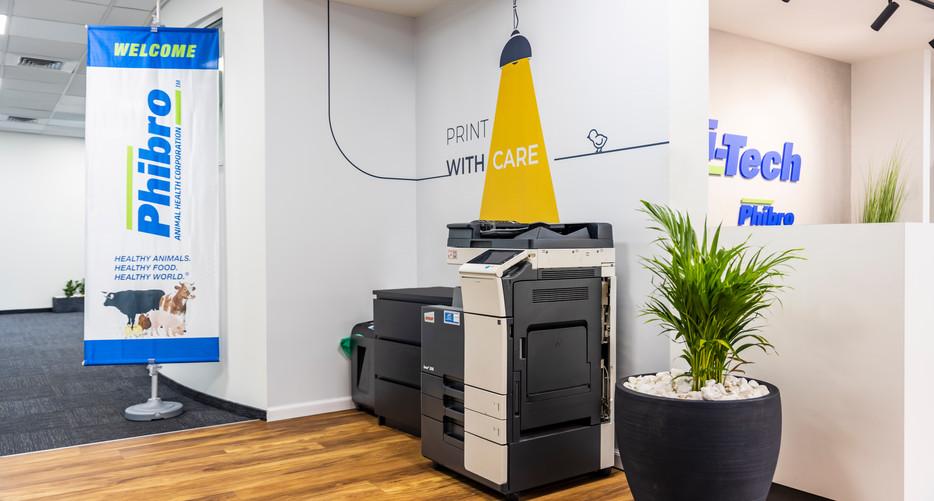 פינת מדפסת.jpg