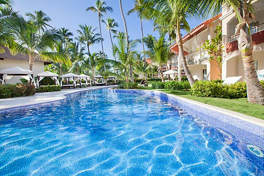 majestic-elegance-pool.jpg