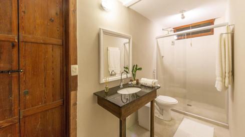 CLIFFSIDE - Guest House & Experiences (2