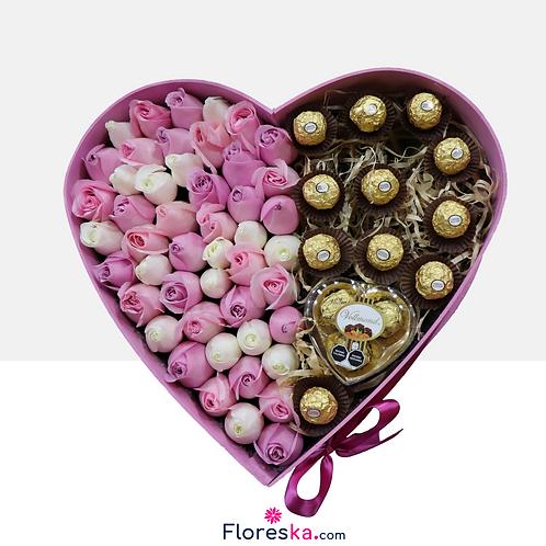 Corazón Rosa con 48 Rosas +Ferrero