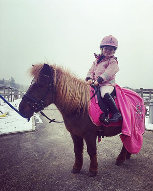Man rider lite bättre om allt är rosa 🙊