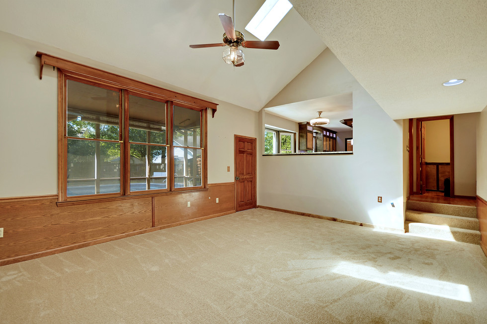17. 323 Eastover Circle - South Pointe -