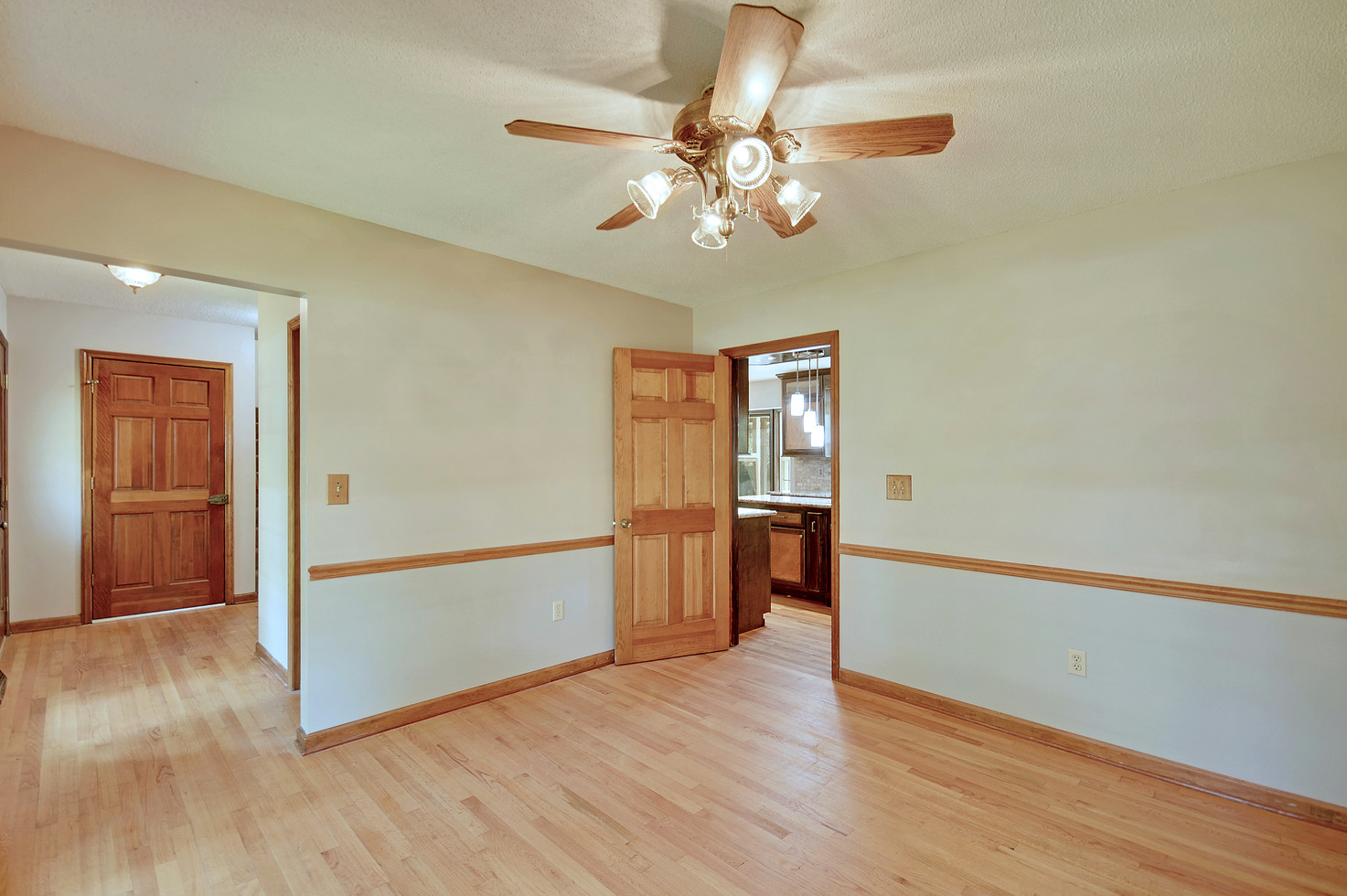 14. 323 Eastover Circle - South Pointe -