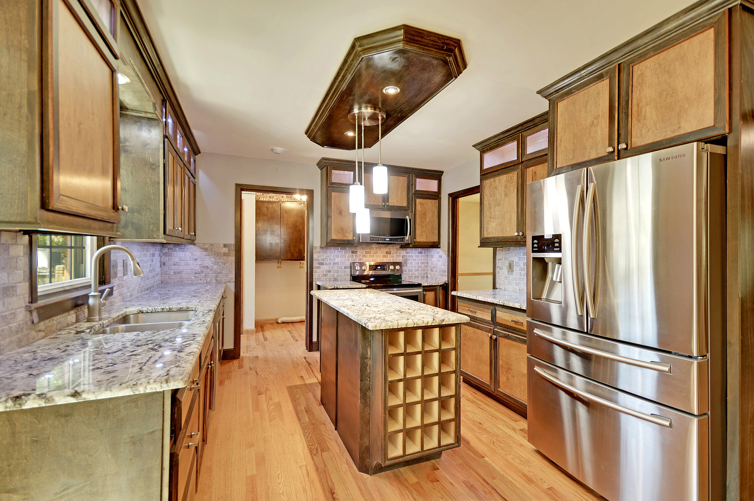07. 323 Eastover Circle - South Pointe -