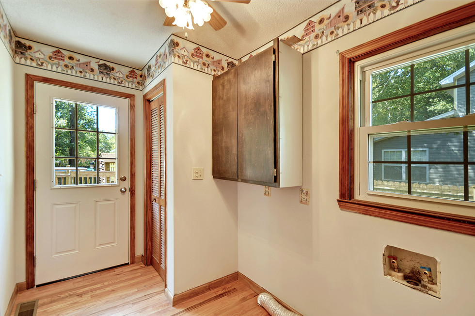 31. 323 Eastover Circle - South Pointe -
