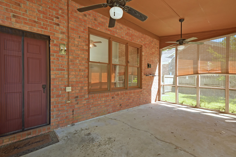 34. 323 Eastover Circle - South Pointe -