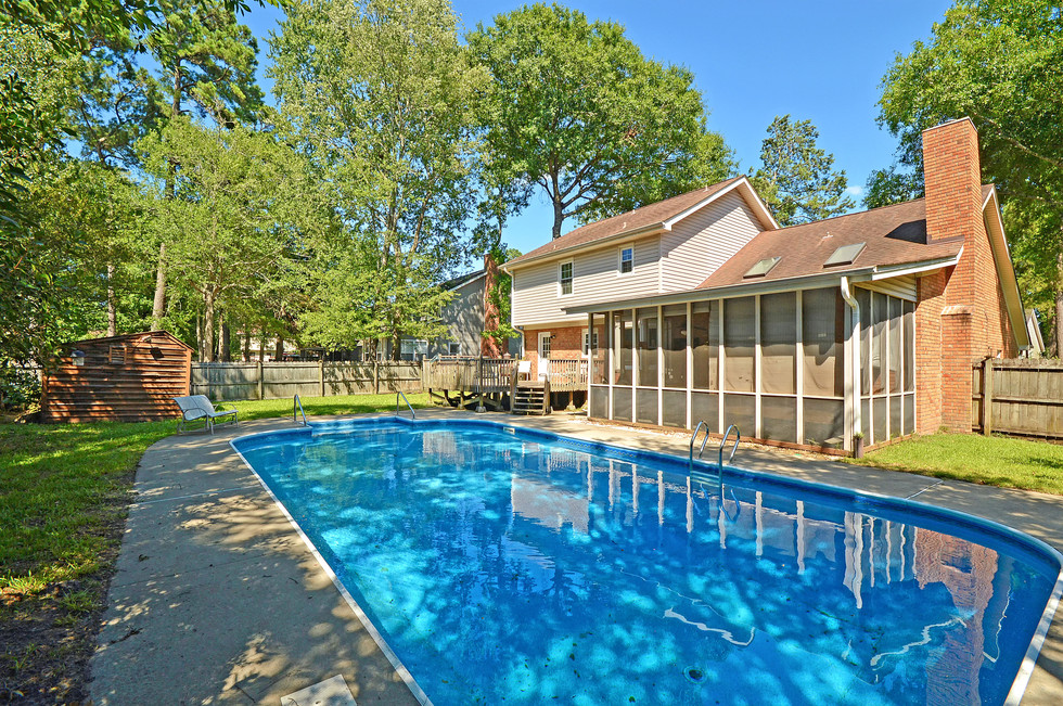 37. 323 Eastover Circle - South Pointe -