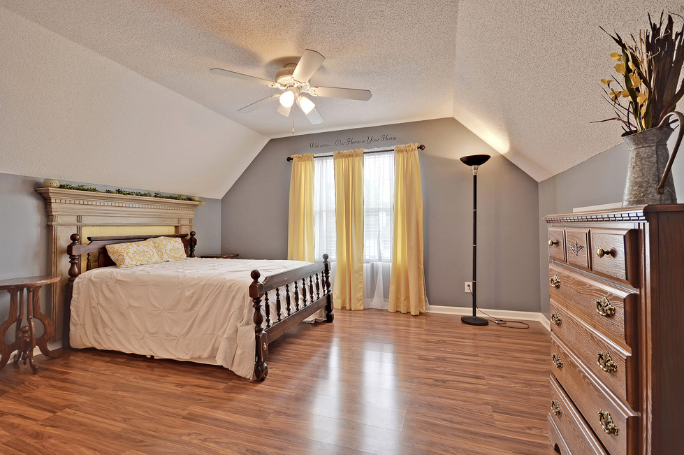 21. 122 Apache Drive - Indian Springs -