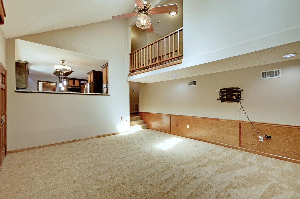 18. 323 Eastover Circle - South Pointe -