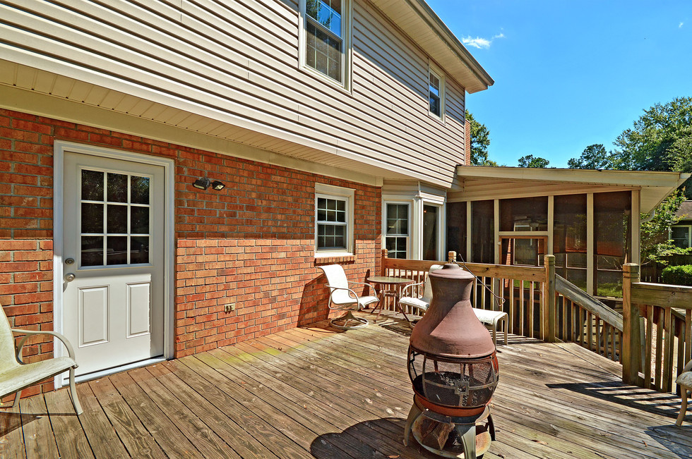 33. 323 Eastover Circle - South Pointe -