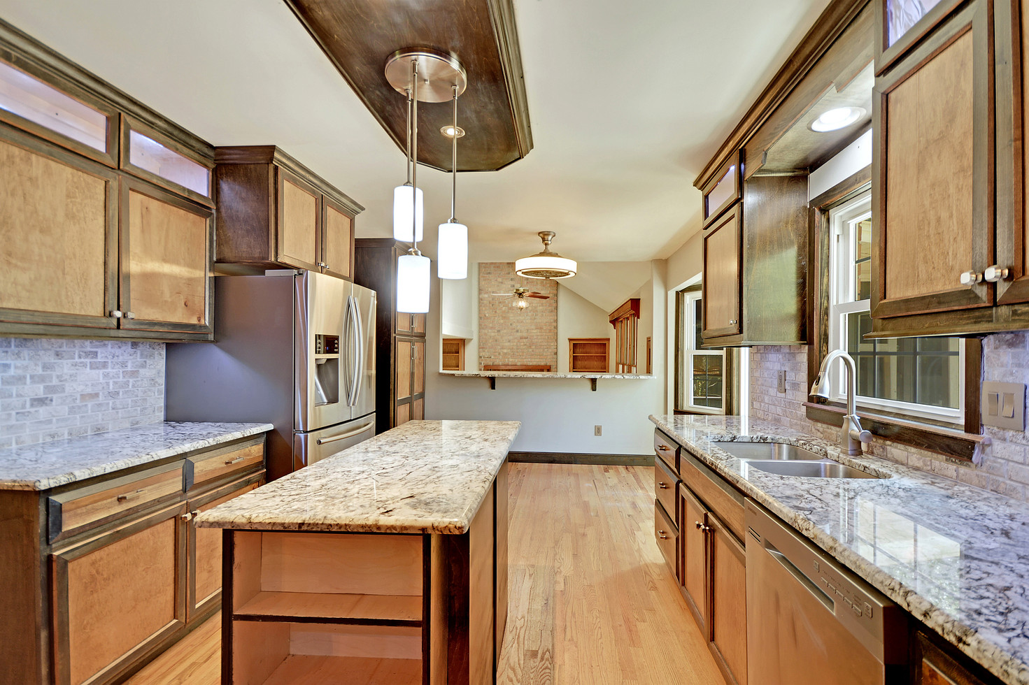 10. 323 Eastover Circle - South Pointe -
