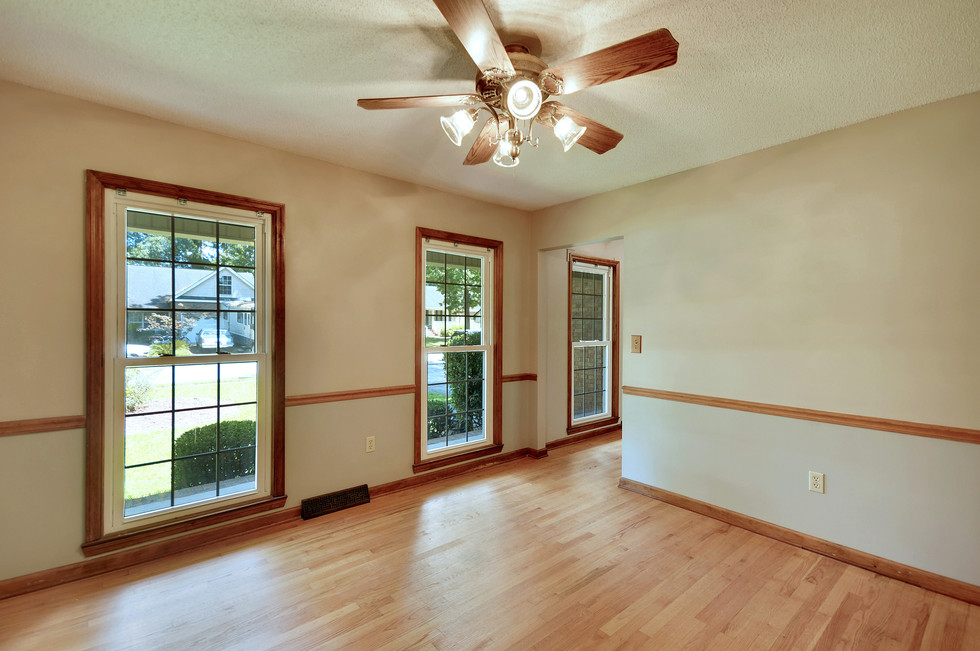 13. 323 Eastover Circle - South Pointe -