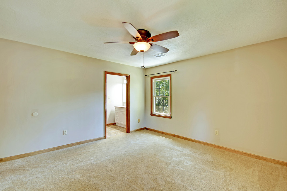22. 323 Eastover Circle - South Pointe -