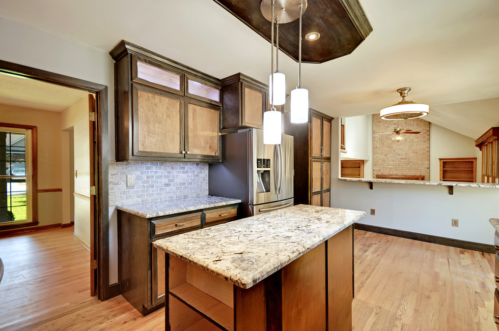 09. 323 Eastover Circle - South Pointe -