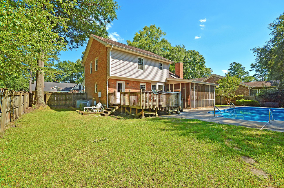 38. 323 Eastover Circle - South Pointe -