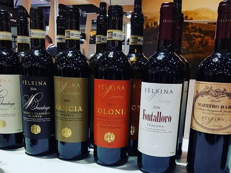 ...Weinverkostung der neuen Jahrgänge be