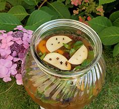 Herbal Infused Iced Tea with Apple Cider