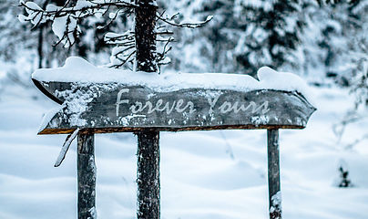 Forever Yours snow sighn.jpg