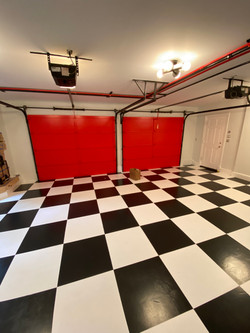 A custom garage paint job by Seattle painter Meadows Painting