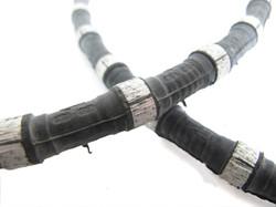 diamond wire cutting in macro