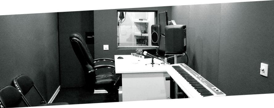 Написание музыки, дикторы, саунд дизайн.