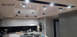 Sufit napinany w kuchni
