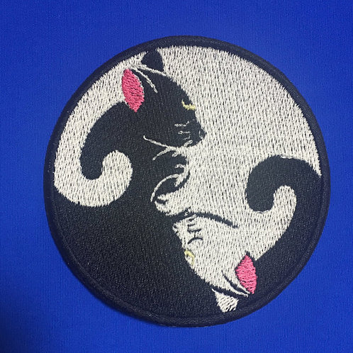 Luna / Sailor Moon yin yang patch / applique