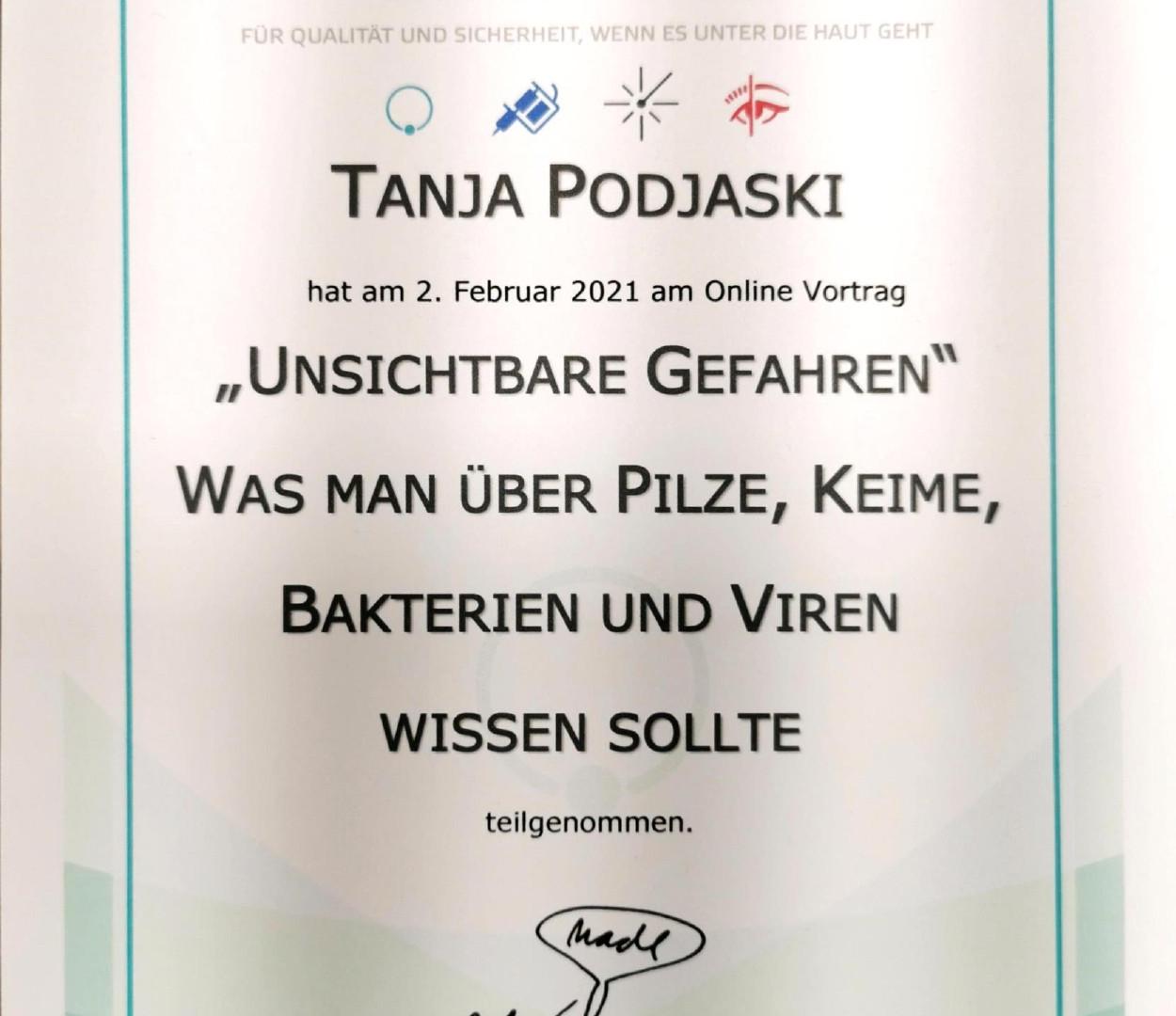 benecke_tanja.jpg