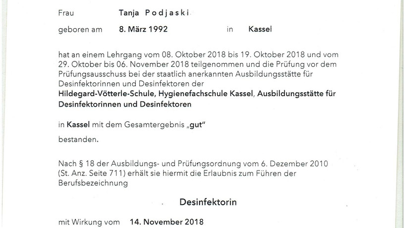 Zertifikat_Desinfektorin 2018.jpg