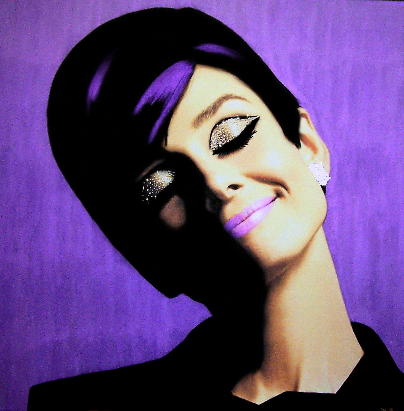 AUDREY Purple Edition 35 x 35 (90cm x 90 cm).jpg