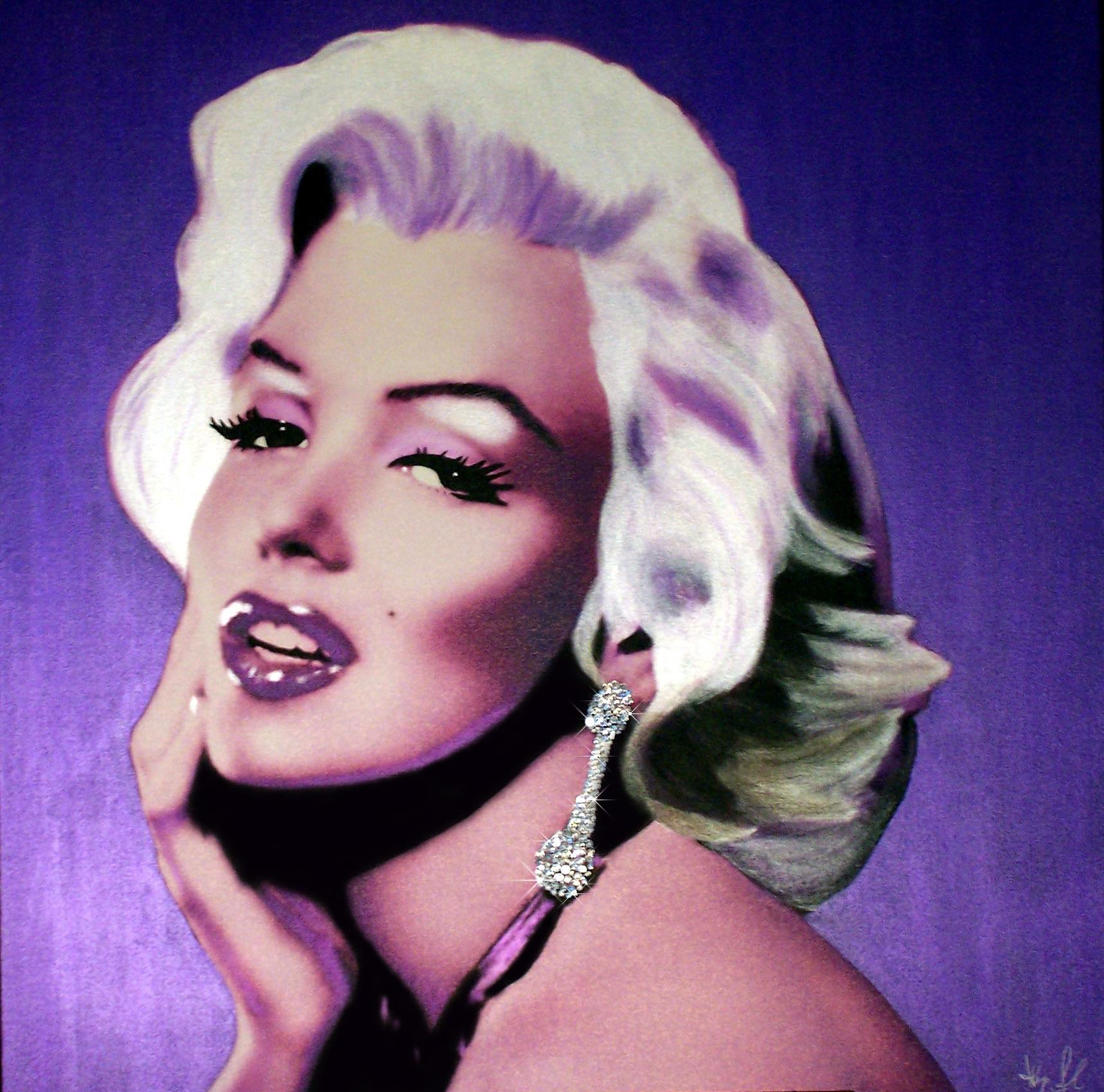 monroe-desire-purple-94cmx98cm-36x40.jpg