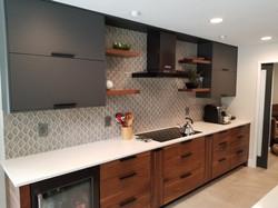gray_walnut kitchen