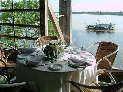 restaurante Pakaas Palafitas Lodge Hotel de Selva
