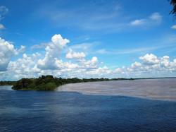 encontro das águas rio Pacaás Novos