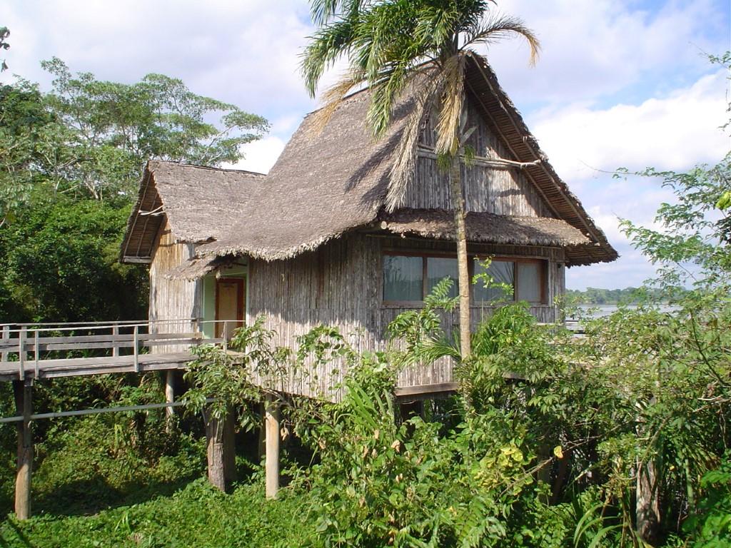 cabanas Pakaas Palafitas Lodge