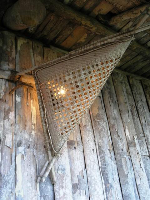 luminária Pakaas Palafitas Lodge
