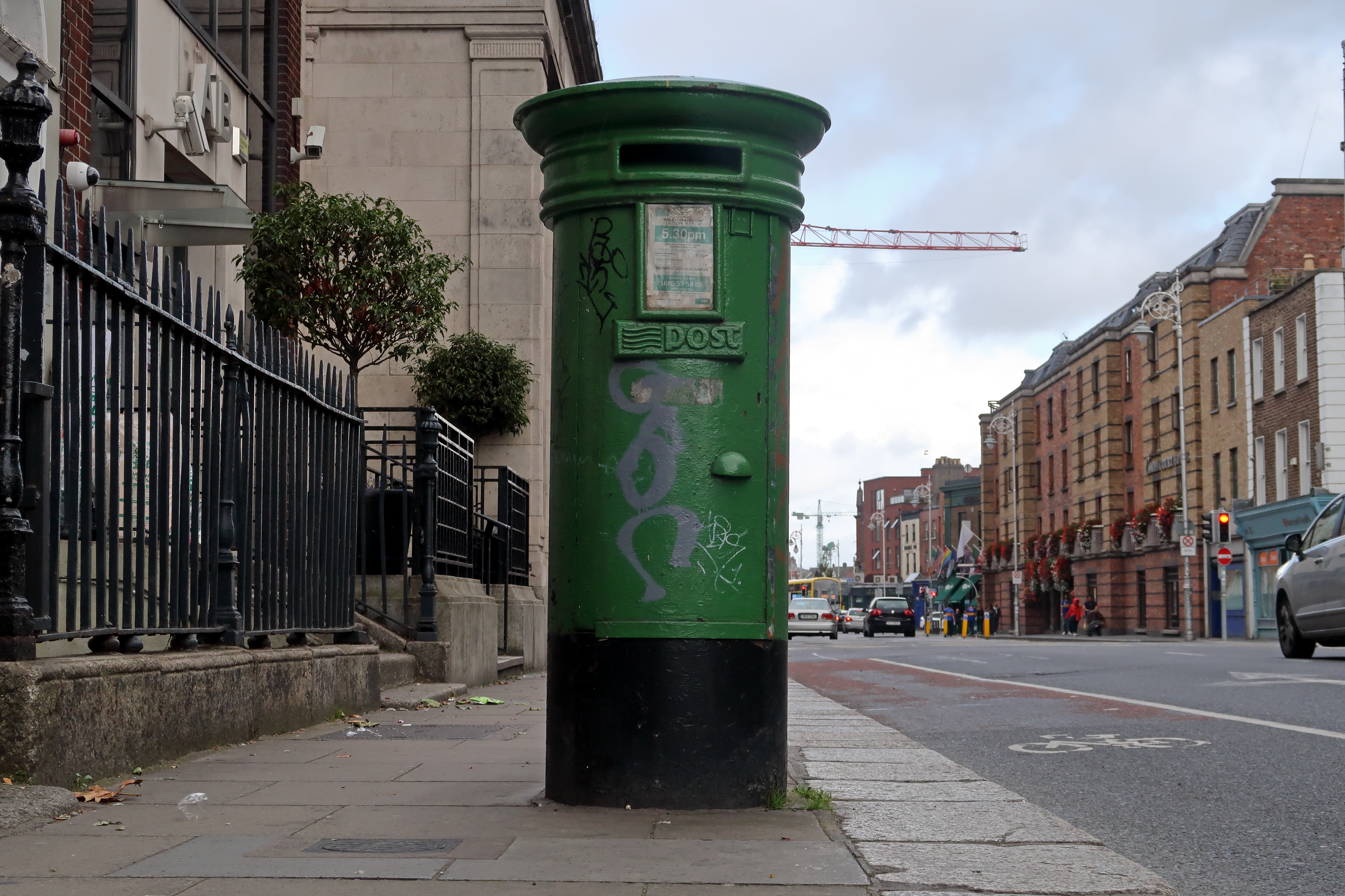 38 Ireland Green Pillarbox