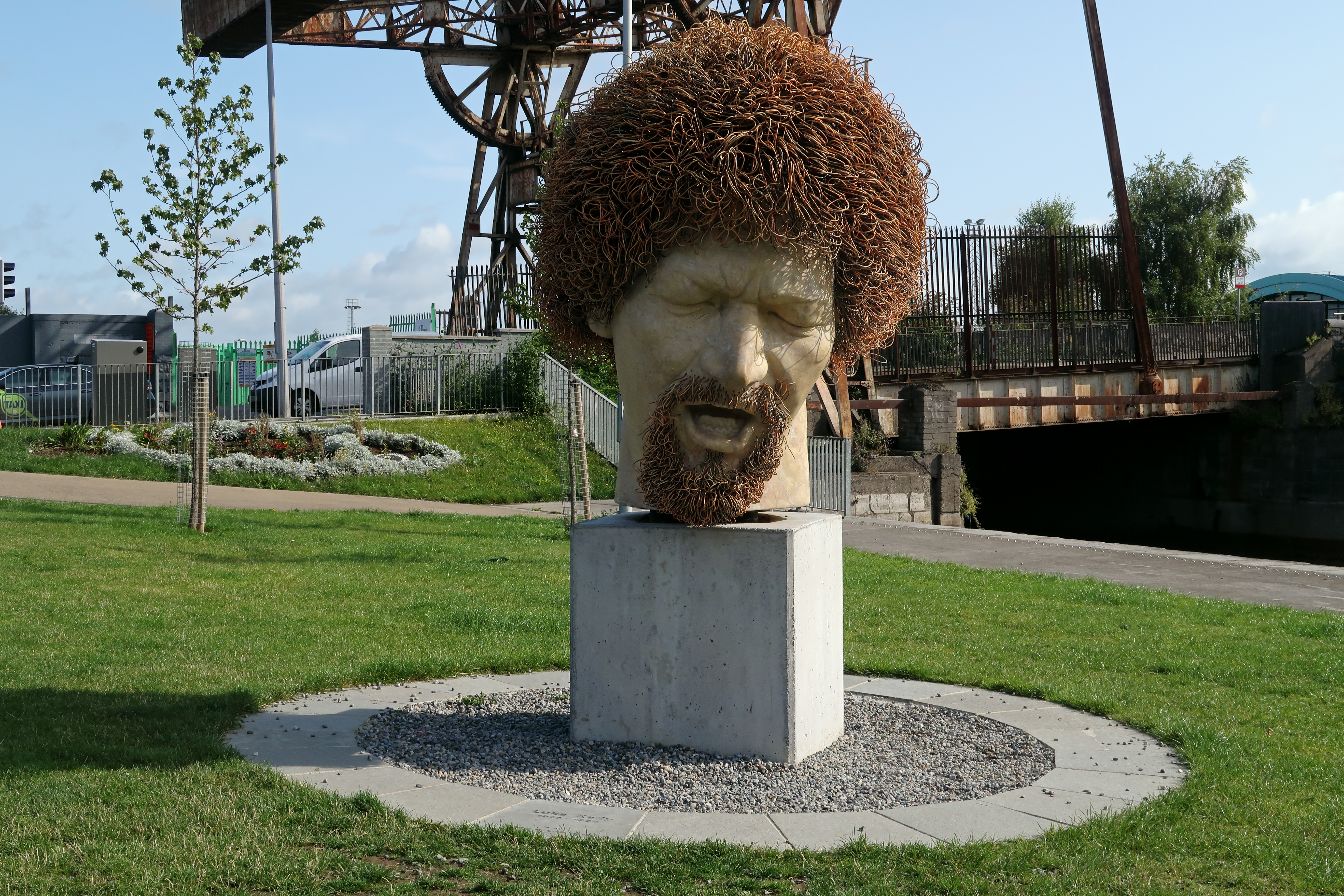 31 Luke Kelly head