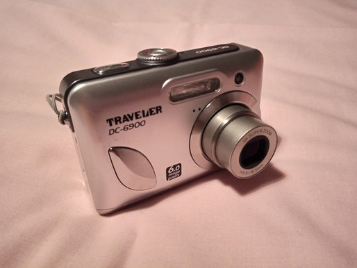 Traveler DC-6900 - a 50p digital camera buy