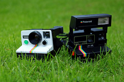 Polaroid SX70 1000 Instant Cameras