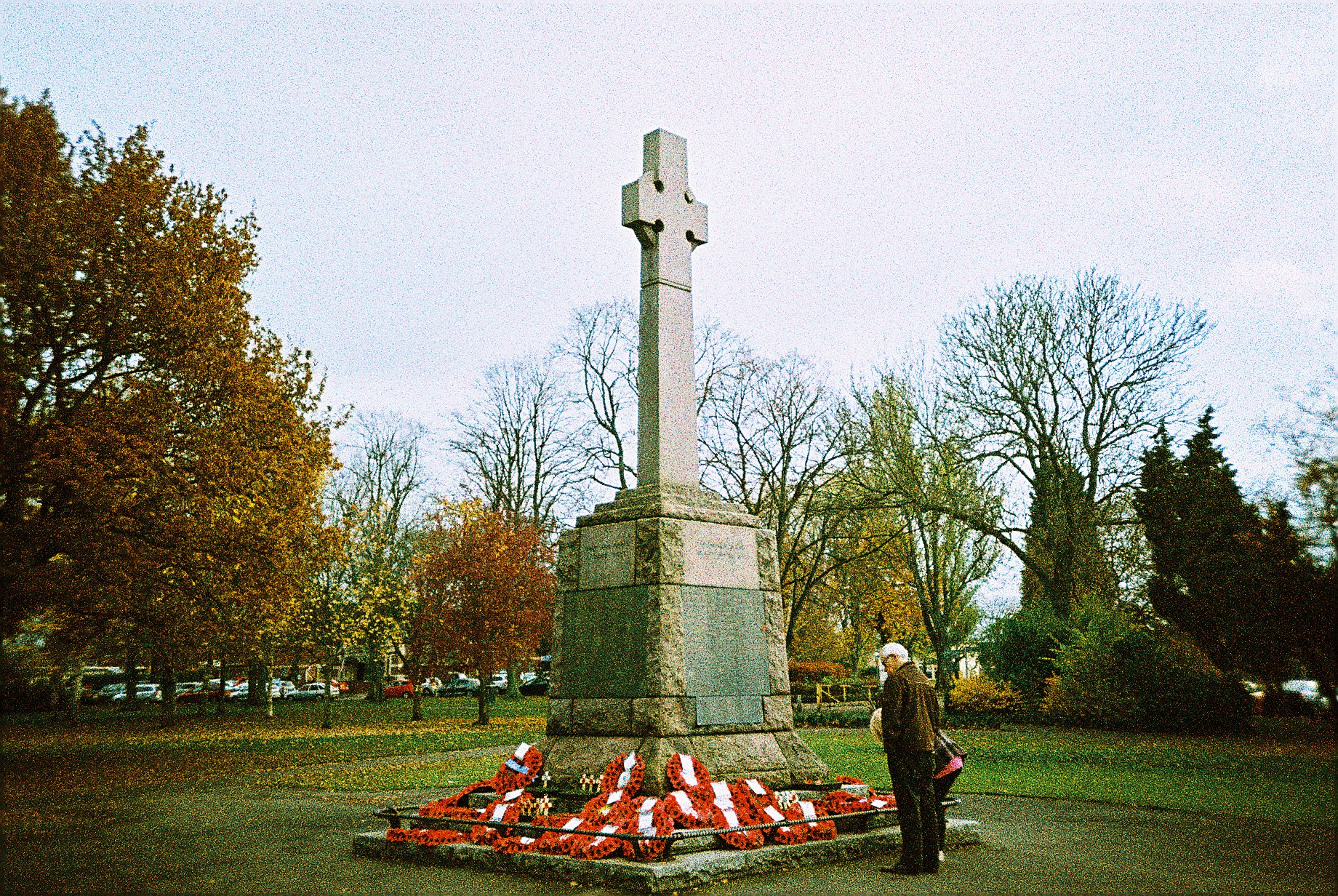 35mm Xpro Nuneaton War Memorial