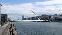 15 Samuel Beckett Bridge